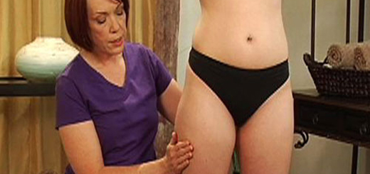 Learn how to massage to reduce cellulite